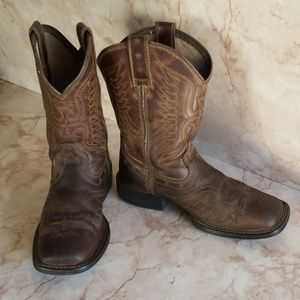 Ariat  youth western cowboy brown boots 12